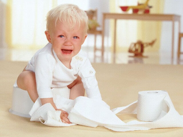 ребенку три года запор что делать